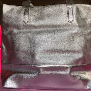 BLOOMINGDALE'S SHOULDER BAG! NWT